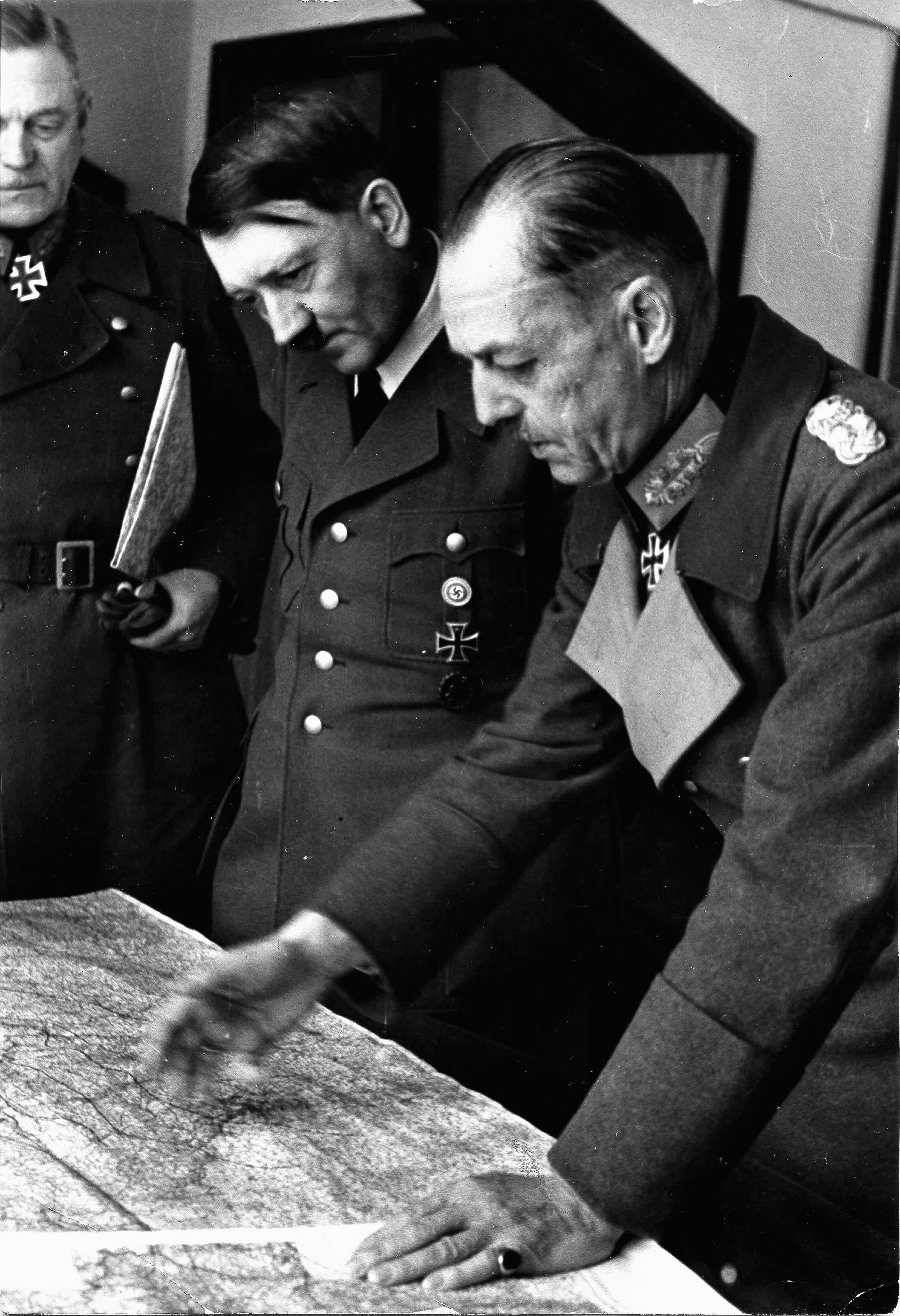 Hitler, le seul à y croire?